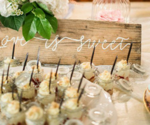 wedding sign legno